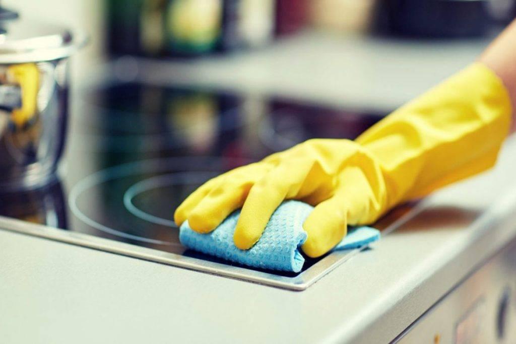 Как дезинфицировать руки, чтобы не заболеть коронавирусом и не пересушить кожу