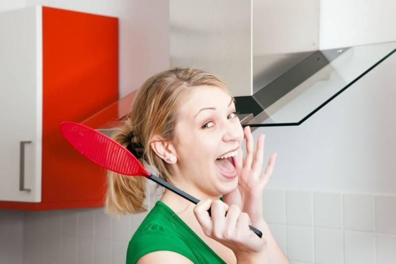 Как избавиться от мошек на кухне?