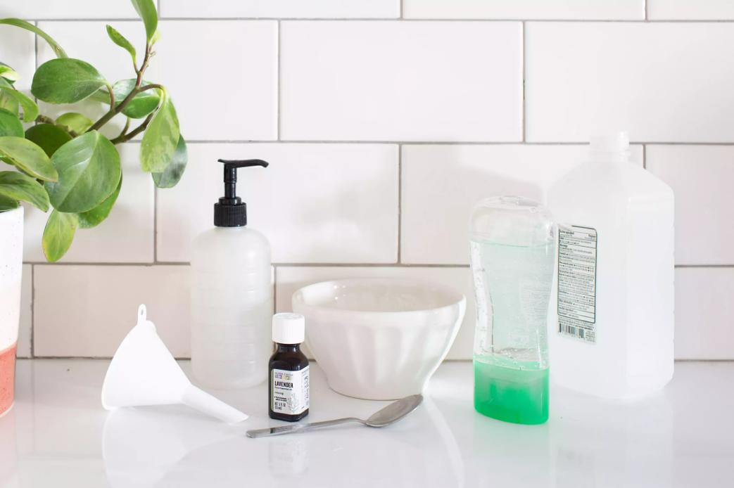 Санитайзер для рук в домашних условиях – что это такое, где купить, как использовать, состав, рецепты для дома