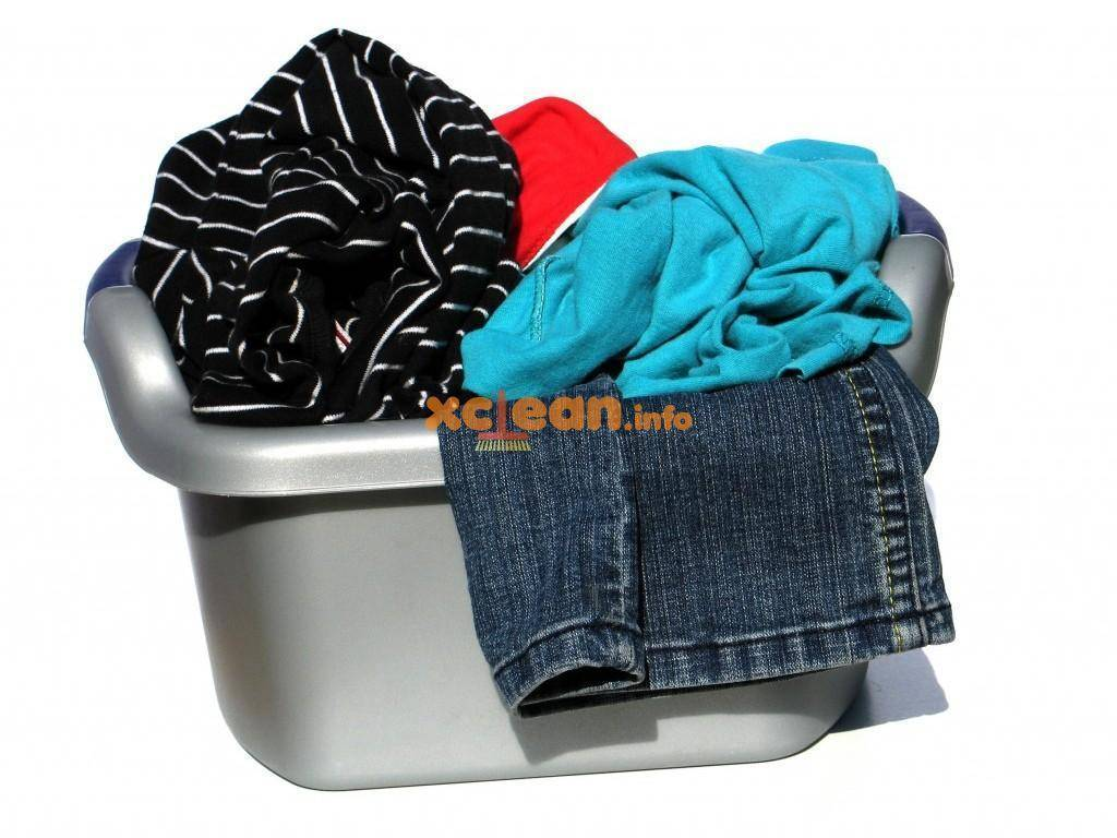 Как вывести пятна плесени с ткани в домашних условиях