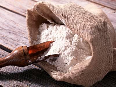 Как избавиться от суринамского мукоеда: способы борьбы на производстве и дома